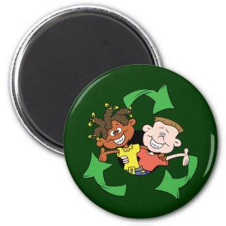 Reduzca la reutilización reciclan a niños imanes