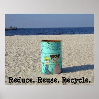 Reduzca la reutilización reciclan el poster limpio