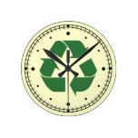 Reduzca la reutilización reciclan el reloj de pare