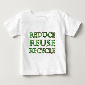 Reduzca la reutilización reciclan playera