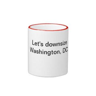 ¡Reduzcamos la talla de Washington, DC! Taza De Dos Colores