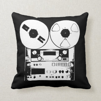 reel 2 reel pillow