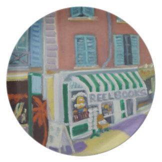 REELBOOKS -FONTAINEBLEAU FRANCE DINNER PLATE