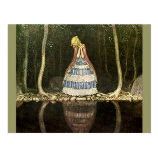 Reflection de princesa en la piscina tarjeta postal