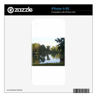 Reflection in the Pond iPhone 4 Skin
