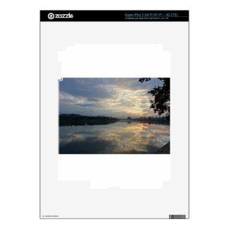 reflection iPad 3 decals