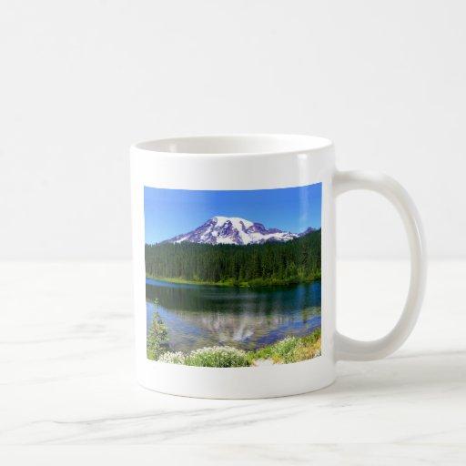 Reflection Lake, Mount Rainier, WA, USA Mugs