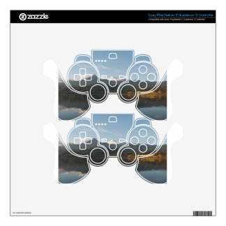 Reflection of the Volcano Villarica PS3 Controller Decals