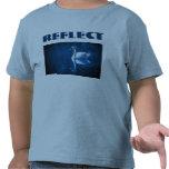Refleje la camisa del niño