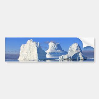 reflejo del mar del agua del iceberg etiqueta de parachoque