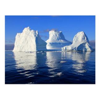 reflejo del mar del agua del iceberg postal