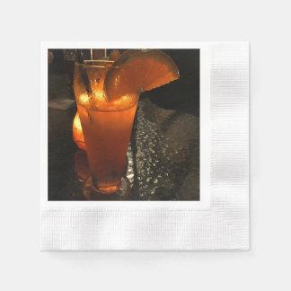 Reflejo ligero en bebida mezclada servilleta de papel