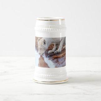 Reflexión africana de los leones jarra de cerveza