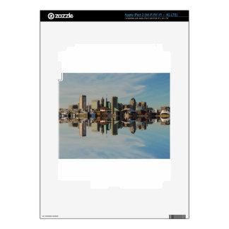 Reflexión céntrica del horizonte de Baltimore Pegatina Skin Para iPad 3