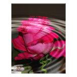 Reflexión color de rosa rosada descolorada membrete a diseño