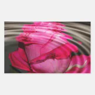 Reflexión color de rosa rosada descolorada pegatina rectangular