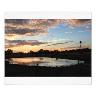 Reflexión de la charca de la puesta del sol de Kan Impresion Fotografica