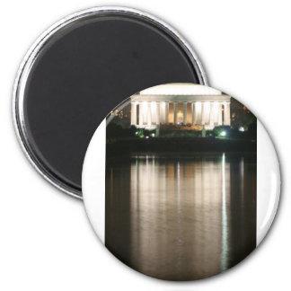 Reflexión de la noche del Lincoln memorial Imán Redondo 5 Cm