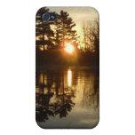 Reflexión de la salida del sol del río Misisipi iPhone 4 Funda