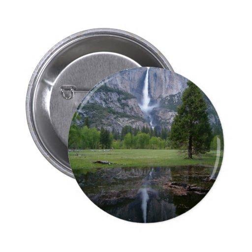 reflexión de las cataratas de Yosemite Pin