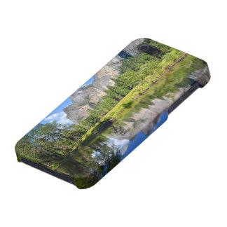 Reflexión de Yosemite iPhone 5 Fundas