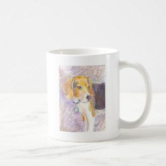 Reflexión del perrito taza