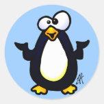 Reflexión del pingüino etiquetas redondas