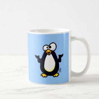 Reflexión del pingüino tazas de café