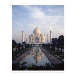 Reflexión del Taj Mahal en Agra, Uttar Pradesh, la Tarjeta Postal