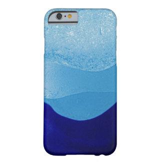 Reflexiones azules del vidrio del mar funda de iPhone 6 barely there