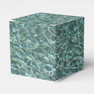 Reflexiones cristalinas de la superficie del agua cajas para regalos de fiestas