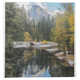 Reflexiones de la media bóveda, parque nacional de servilleta imprimida
