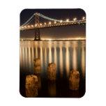 Reflexiones de la noche del puente de la bahía de  imán rectangular