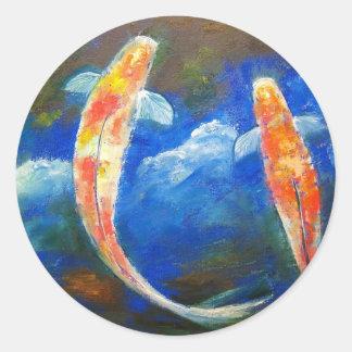 Reflexiones de la nube de los pescados de Koi Pegatina Redonda