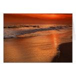 Reflexiones de la puesta del sol de las nubes y de tarjeta de felicitación