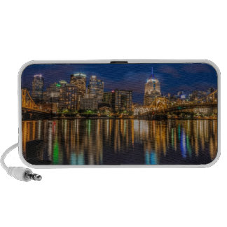 Reflexiones de Pittsburgh iPod Altavoces