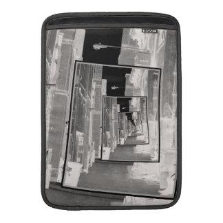 Reflexiones de un callejón infrarrojo fundas para macbook air