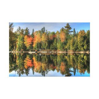 Reflexiones del lago fall Foliage del otoño de Lienzo Envuelto Para Galerias