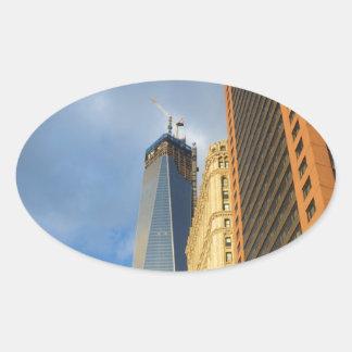 Reflexiones del rascacielos de Nueva York Pegatina Ovalada