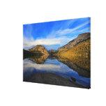 Reflexiones en el lago Tenaya Lona Envuelta Para Galerías