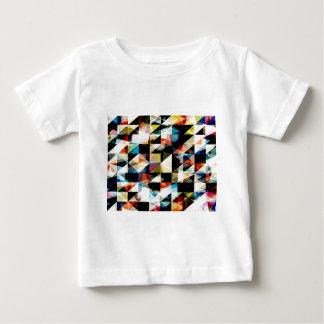 Reflexiones geométricas coloridas camisas