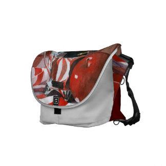 Reflexiones rojas y de plata bolsas de mensajeria