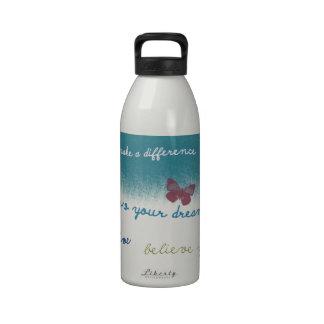 Refranes inspirados botella de agua