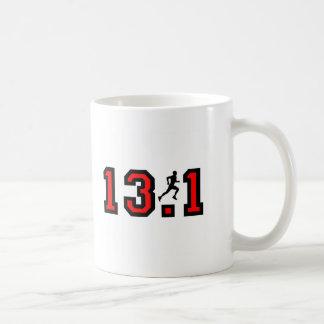 Refresque el medio maratón 13,1 taza básica blanca
