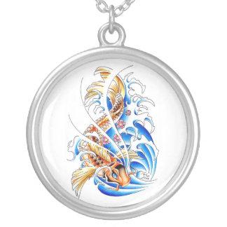 Refresque el tatuaje oriental del agua de pescados colgante redondo