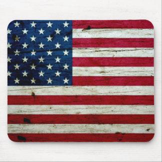 Refresque la madera apenada de la bandera american alfombrillas de ratones