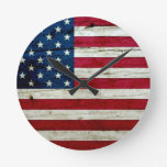 Refresque la madera apenada de la bandera american relojes