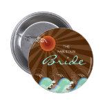 Refresque las ondas y el botón conocido del boda d pin