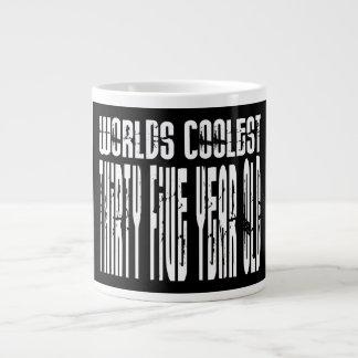 Refresque los 35tos mundos el treinta y cinco más  taza extra grande