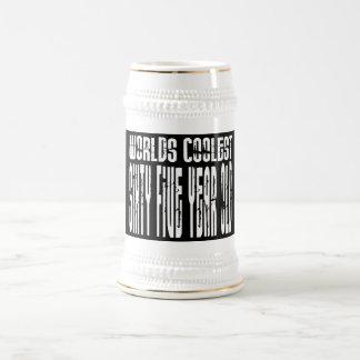 Refresque los 65 os mundos los sesenta y cinco más tazas de café